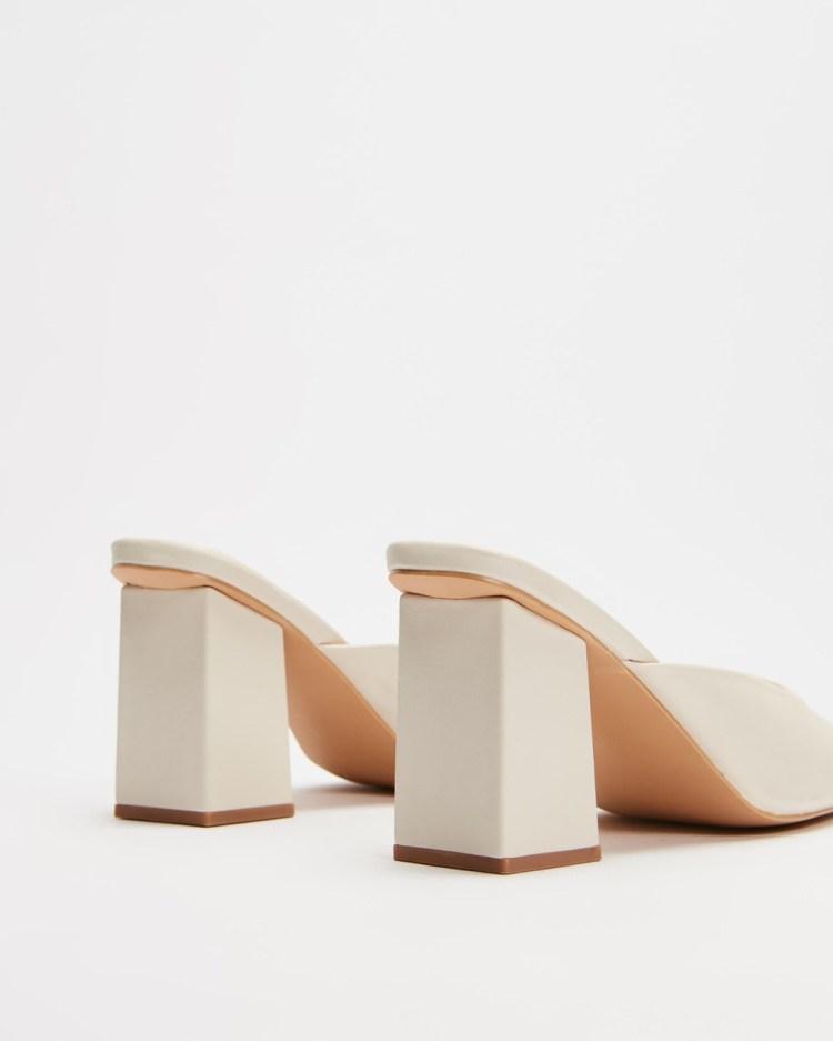 Dazie Francis Heels Mid-low heels Off White Smooth