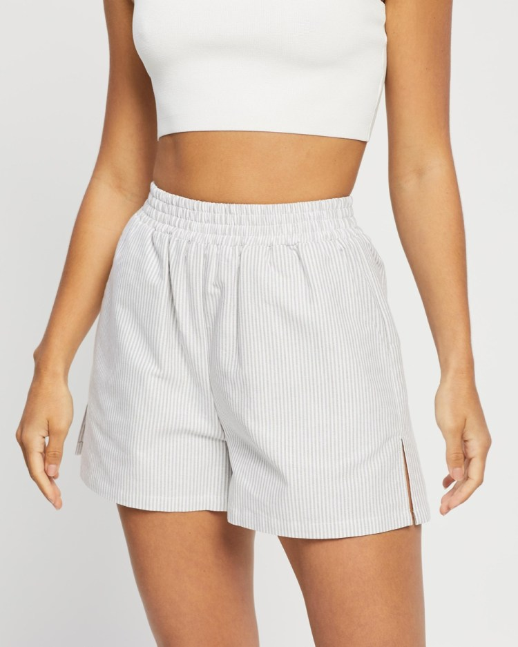 4th & Reckless Heaton Shorts High-Waisted Grey Stripe