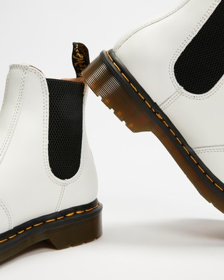 Dr Martens 2976 Yellow Stitch Chelsea Boots Unisex White Smooth