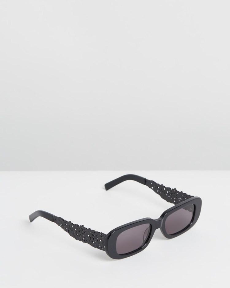 Amber Sceats Maison Glasses Sunglasses Black