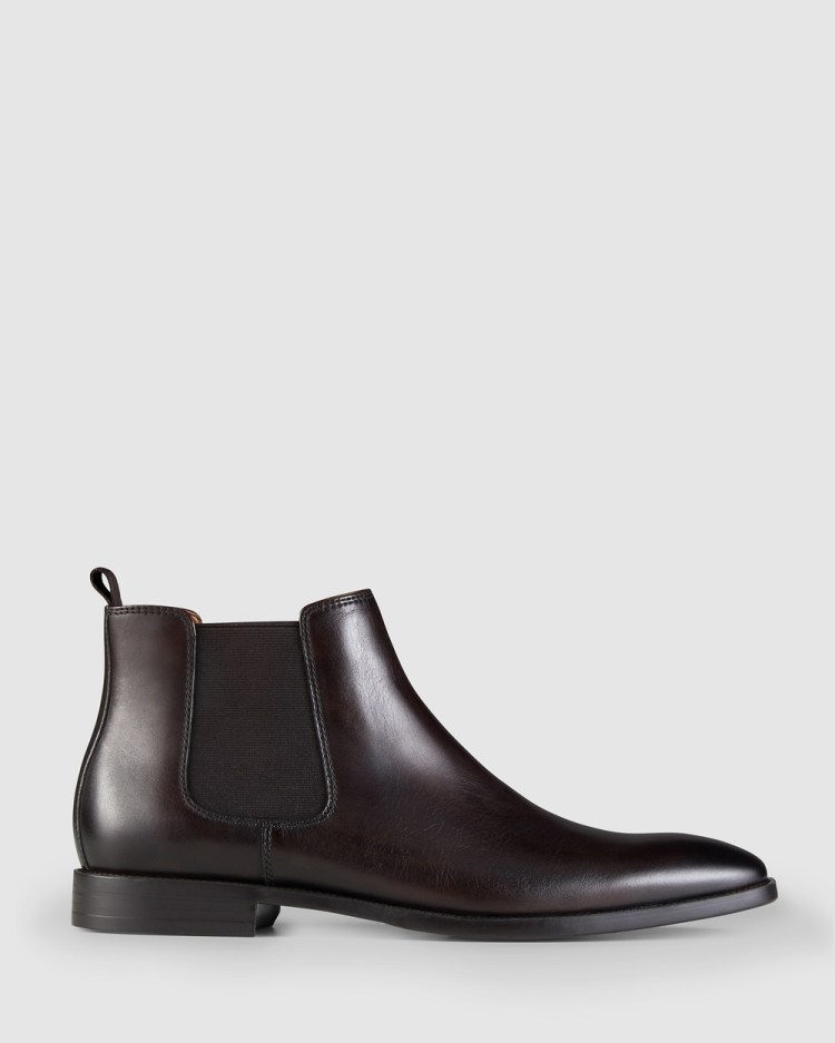 AQ by Aquila Artie Chelsea Boots Dress Brown