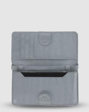 Cobb & Co Stirling Leather Smart Phone Card Holder Crossbody Wallet Wallets Mist Smart-Phone