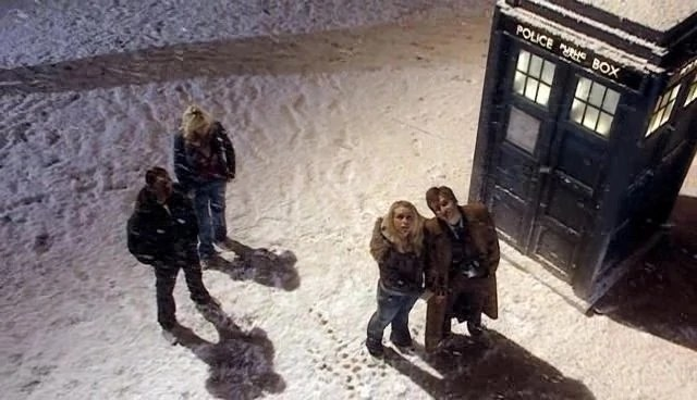Falling Water Wallpaper Snow Tardis Data Core The Doctor Who Wiki