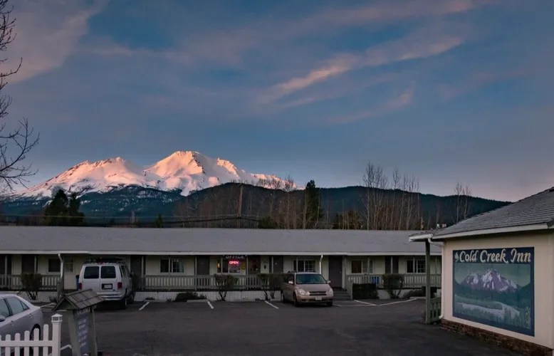 Cold Creek Inn And Suites Mount Shasta