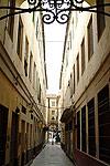 unas calles estrechas y con encanto cerca de la catedral y calle larios