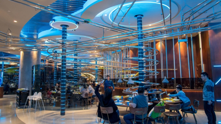 Spaceshipthemed restaurant opens in Shanghai  China Plus