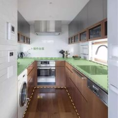 Kitchen Cabinets Update Ideas On A Budget Square Tables 为什么说橱柜面积最大化反而不好用 房产资讯 房天下 对户型设计者来说 衡量厨房利用率的标准是 能够在最小的空间中放入最大的台面 一方面户型的平面构图会比较饱满 另一方面厨房的收纳容高 操作台面大也可以成为户型