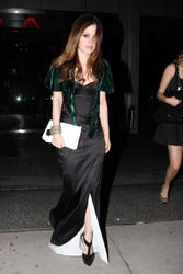 Rachel Bilson with small cleavage at Oscar afterparty outside Boa in Beverly Hills - Hot Celebs Home