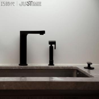chrome kitchen faucet remoldeling 巧时代进口厨房龙头洗涤器铬色黑色单把三孔旋转charming设计德国if设计奖 巧时代进口厨房龙头洗涤器铬色黑色单把三孔旋转charming