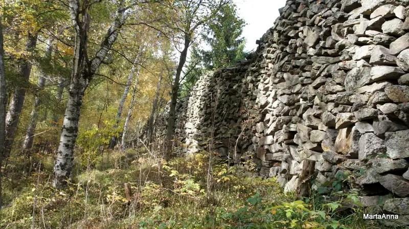 mur słowiański