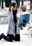 Jessica Alba with Honor Marie At The Park in Los Angeles Pictures