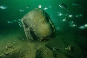 noticias La impresionante estatua de Cleopatra hallada en el mar