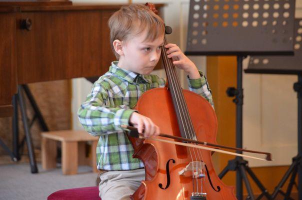 Krajské kolo soutěže ZUŠ - 28.3.2014 - violoncella, kontrabasy
