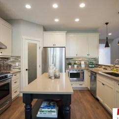 Kitchen Cabinets White Commercial Floor Tile 白色欧式厨房整体厨柜装修效果图 厨柜白色