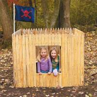 Outdoor Fort | 13 DIY Backyard Games and Play Structures ...