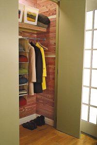 Cedar-Lined Closet | 27 Ways to Build Your Own Bedroom ...