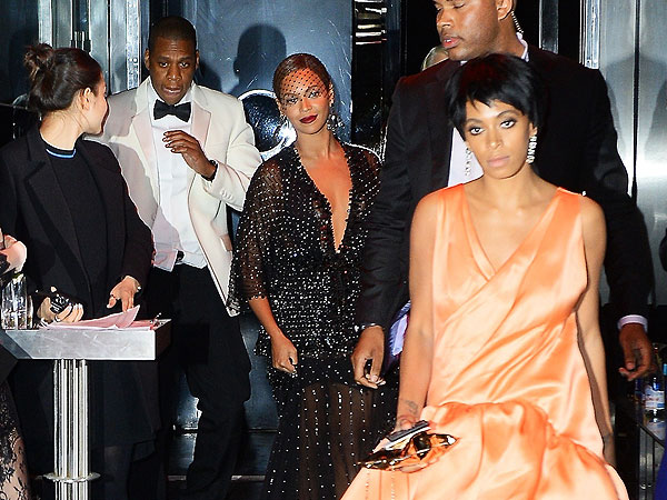 Solange Knowles Attacks Jay Z Standard Hotel Fires