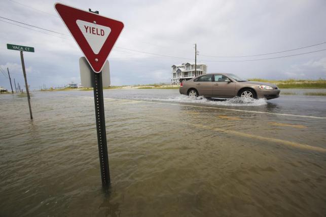 Gulf Coast Bracing for Possible Hurricane Gordon