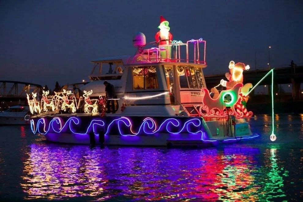 Christmas Ship Parade Portland Attractions Review