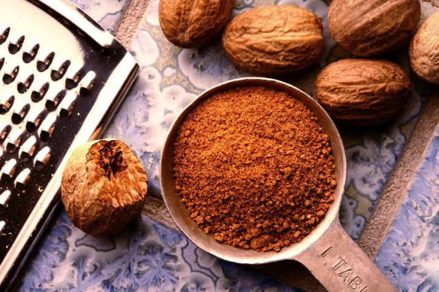 Too much nutmeg might make you dizzy
