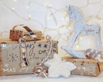 Idee regalo per Natale in profumeria a meno di 10 euro