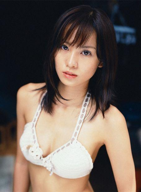 Yui Ichikawa Photo Gallery