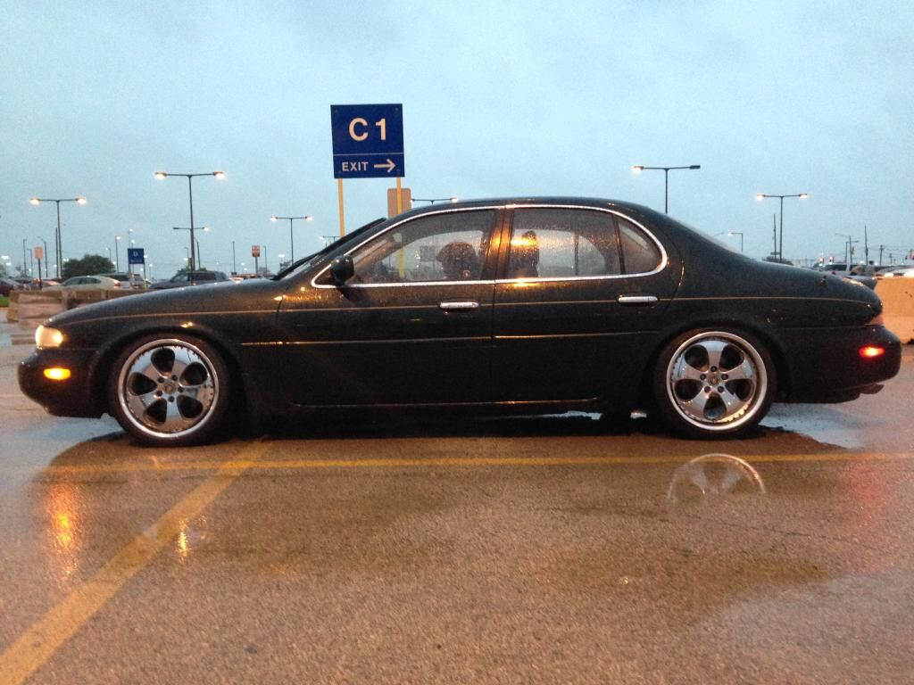 hight resolution of i own a 1996 infiniti j30t i am from des plaines illinois 60018 usa thank you