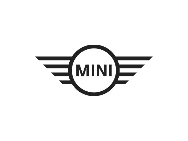 Mini Cooper Convertible for sale in Rivière-du-Loup. Come