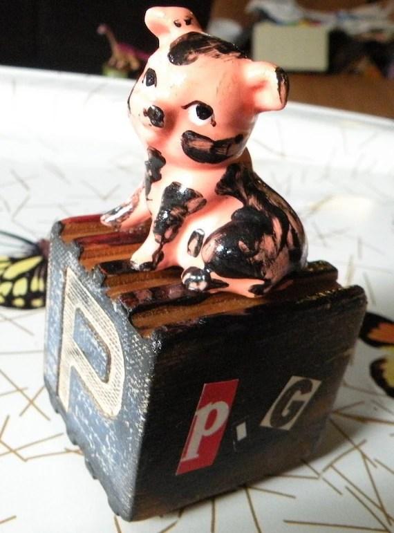 Ira Mency Pig