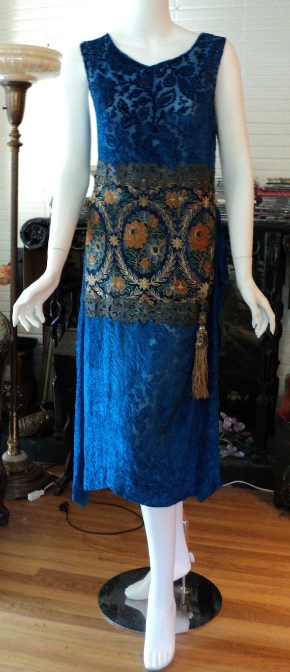 1920's Orientalist Period Silk Voided Velvet Dress with Metallic Lace and Asian Tassle Bellasoiree original