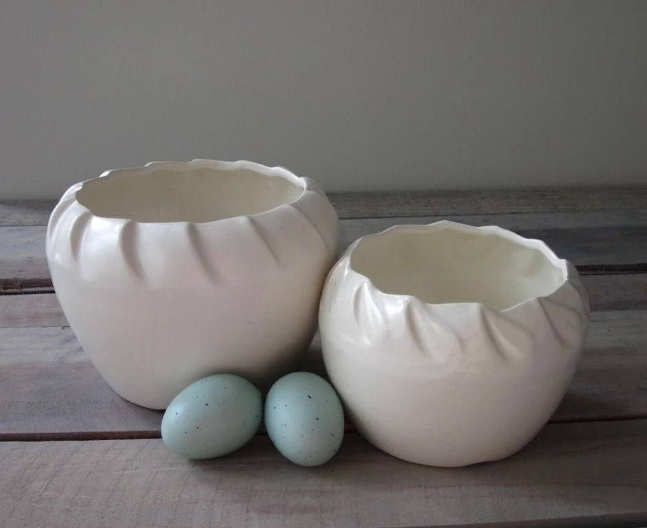 Pair of Creamy White Pottery Planters - 22BayRoad