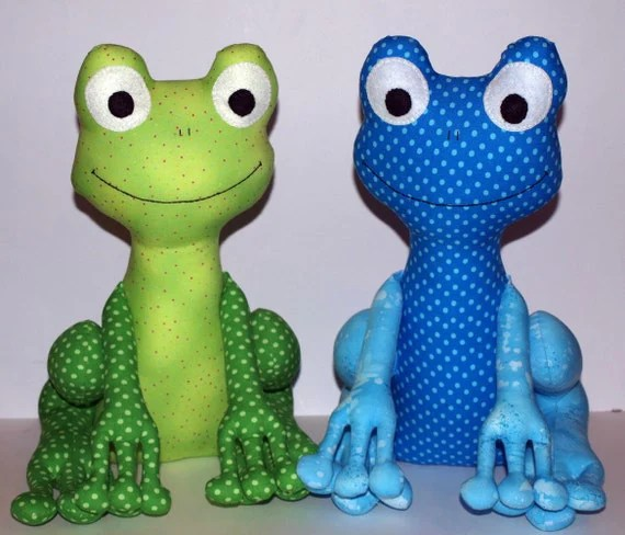 Fergus the Frog PDF Sewing Pattern