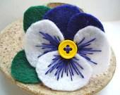 Blue Felt Flower Pin, Pansy Flower Brooch, Floral Pin, Felt Jewelry, Monaco Blue - LizabethDezigns