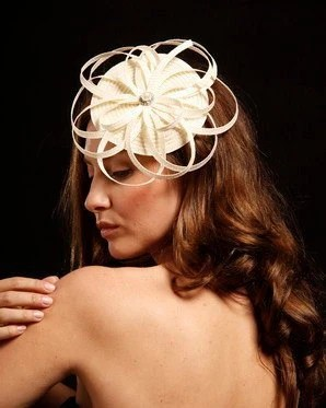 Geometric bridal fascinator completely hand made from ivory  straw with beatiful rhinestone center, wedding headpiece, Ivory fascinator