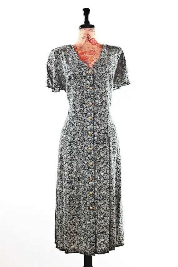 Caroline Wells Vintage Flower Dress