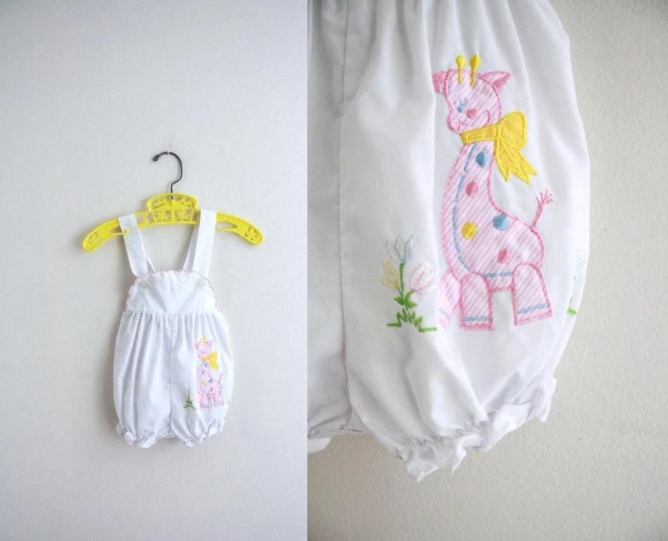 Vintage Baby Jumper . Romper . Summer . Giraffe . Animal . 0 - 3 - 6 months