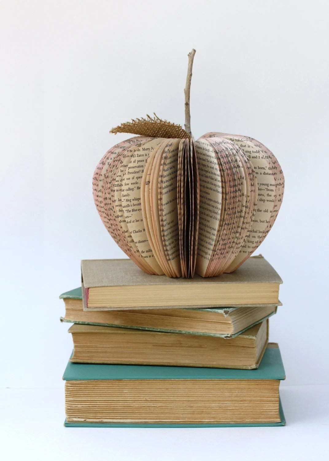 Vintage Book Apple TEACHER GIFT size small - HiButterfly