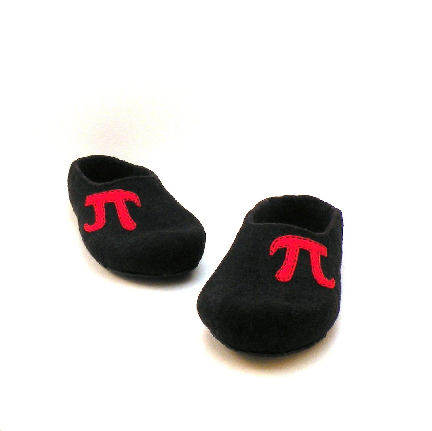 Felted wool monogrammed slippers for men - black red - made to order - with initial - men house shoes - personalized gifts - AgnesFelt