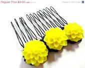 Black Friday SALE Bright Yellow and Black Flower Comb - MegansBeadedDesigns