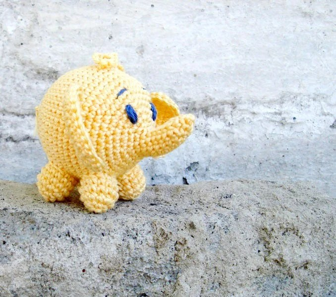 Crochet yellow toy - a toy elephant  - gift for  baby - breastfeeding -  toy rattle - teething toy - safari animal - grasp - waldorf toy - MiracleFromThreads