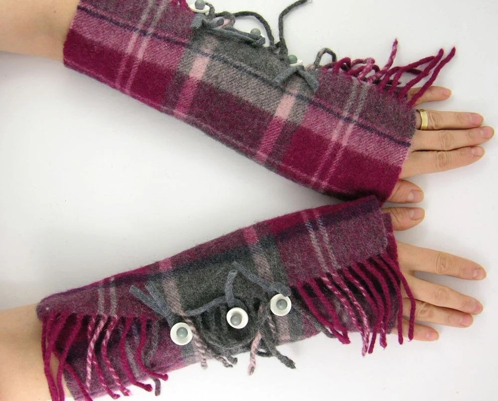 fingerless gloves arm warmers fingerless mittens women arm cuffs eco friendly purple grey plaid recycled wool fringes tagt curationnation - piabarile