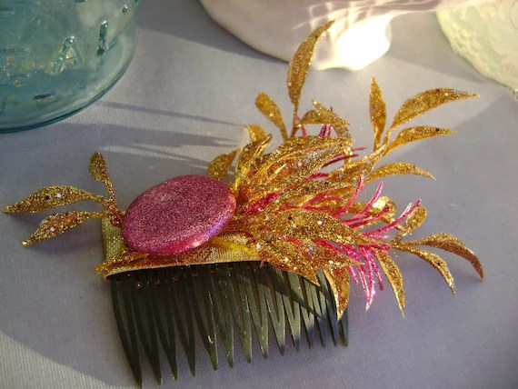 Gorgeous glittered hair comb in pink and gold - LoveYourQueen