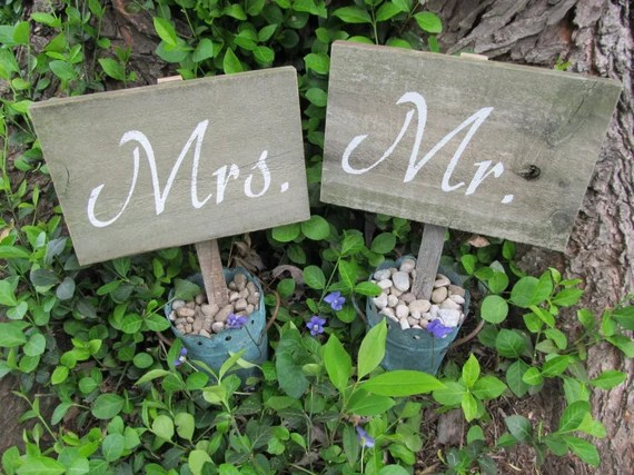 mr & mrs sign Etsy
