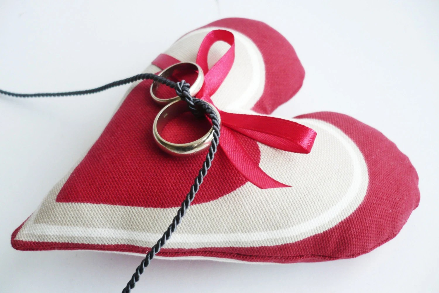 Wedding Ring Pillow. Ivory - Red Cotton Heart Ring Pillow