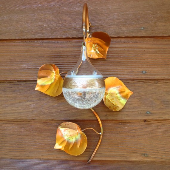 Outdoor Solar Light, Copper Vine, Crackle Glass Ball 3 inch