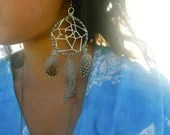 Custom Made DreamCatcher earrings. Hand woven, never stop dreaming