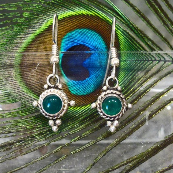 Earrings: Green Onyx Dangle Earrings - E79