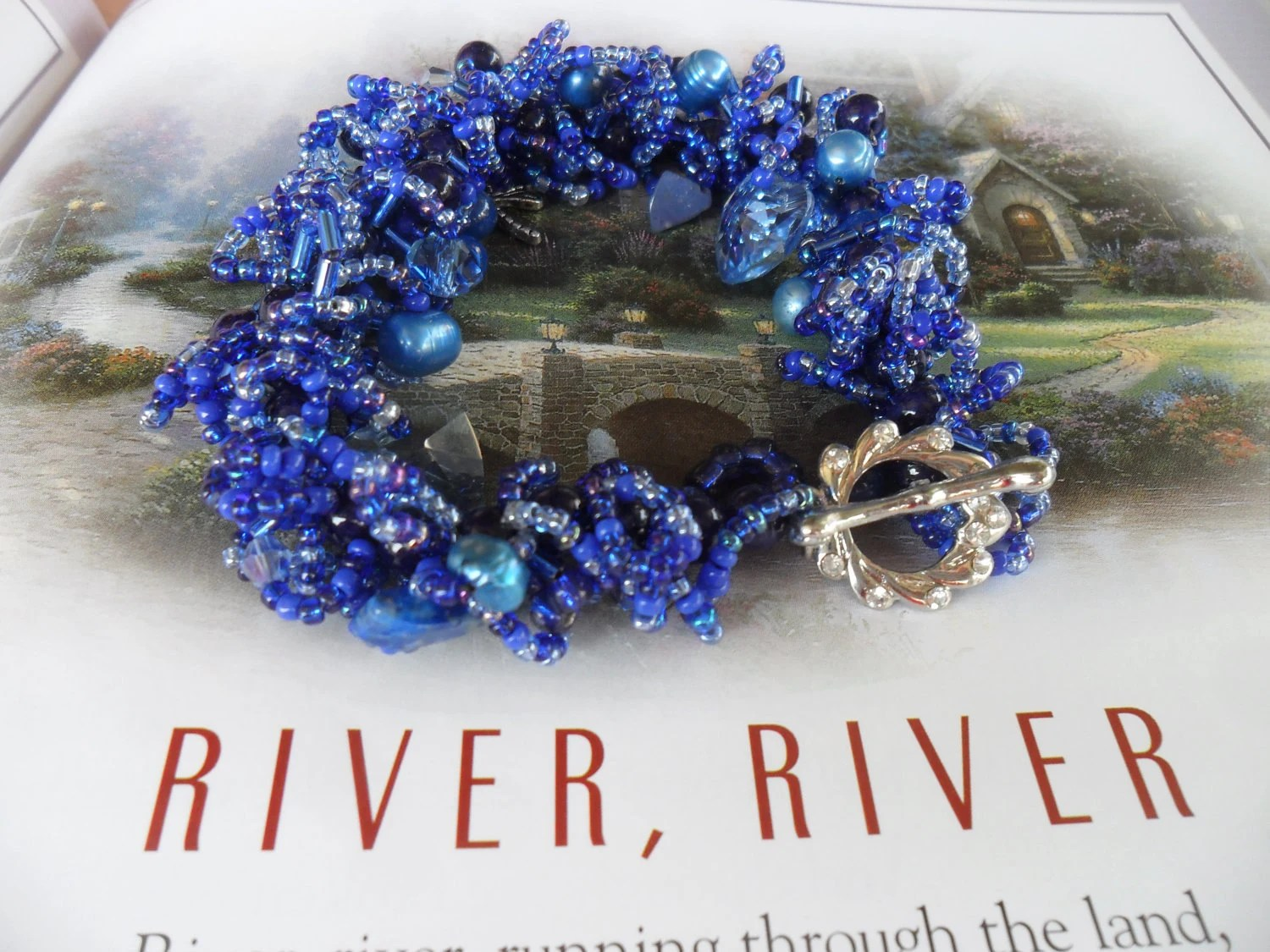 Blue Shaggy Beaded Bracelet Bold Funky Beautiful Chic    FREE SHIPPING