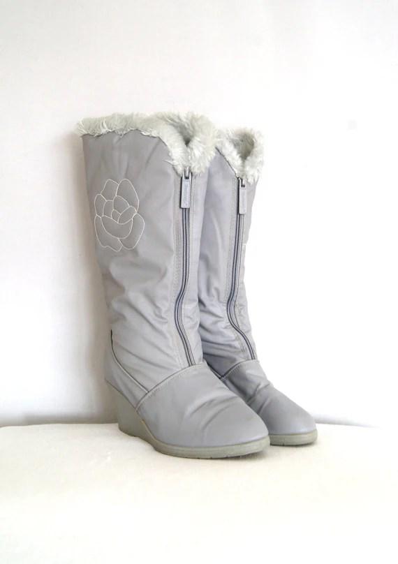 vintage snow boots // faux fur apres ski boots size 8