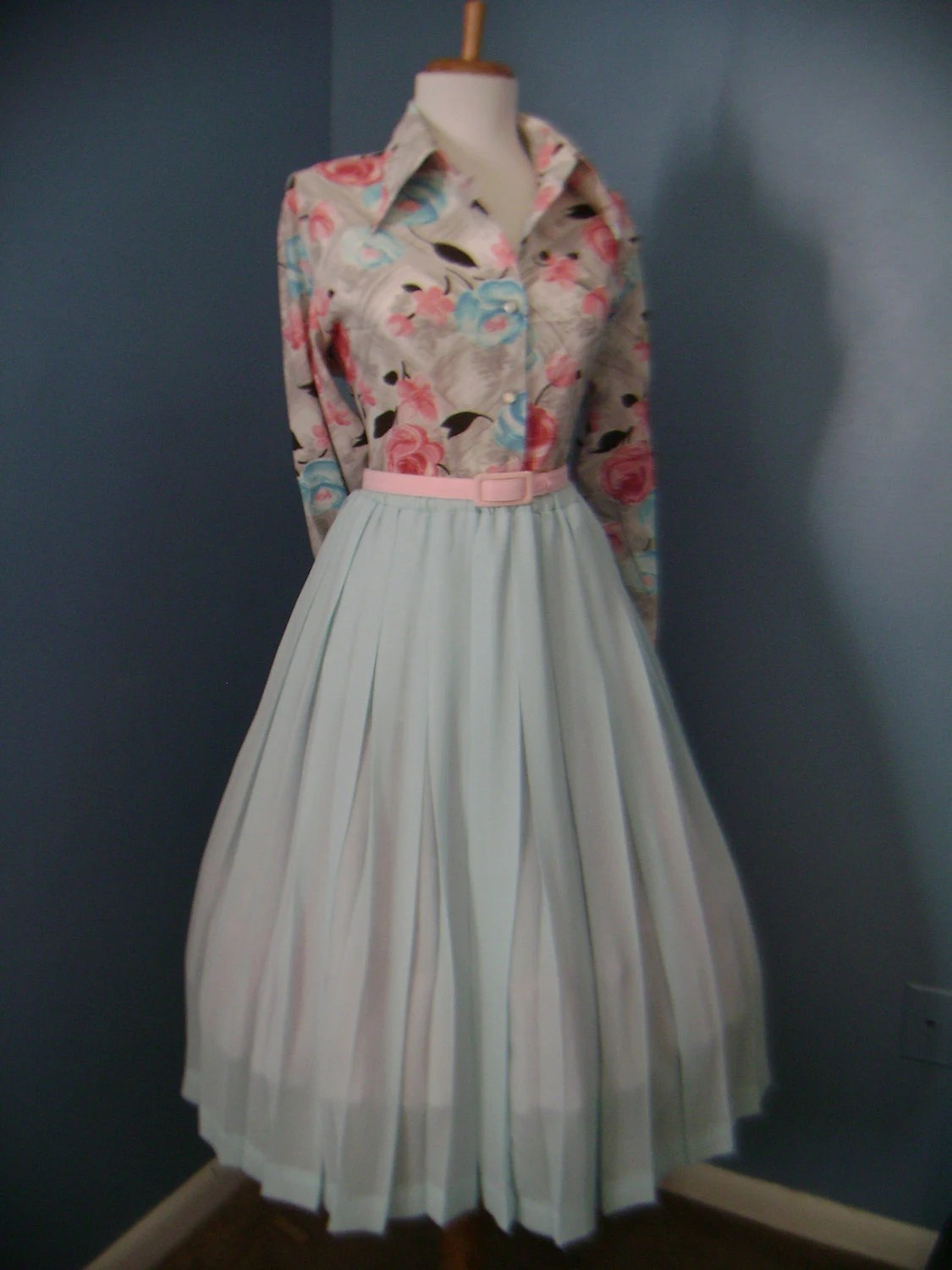 50's-60's Light Blue Accordian Pleated Skirt from bluebarnvintage on Etsy